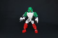 Octan (Ron Folkers) Tags: lego bionicle technic moc octan green red white trans clear blaster fuel