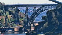 Puente Maria Pia - Oporto (Miradortigre) Tags: puente arco arch bridge steel acero estructura structure portugal porto oporto rio duero river reiberao douro