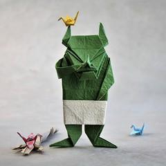 Busy hands (pierreyvesgallard) Tags: origami demon devil crane tsuru jun maekawa paper papercraft
