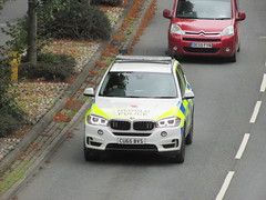 BMW X5 xDrive 30d SE (Andrew 2.8i) Tags: wales uk carspotting spotting street car cars streetspotting united kingdom road classic classics police heddlu dyfedpowys 999 emergency se 30d offroad suv sportutiltyvehicle xdrive drive x x5 bmw