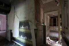 IMG_6166 (mookie427) Tags: urbex urban exploration exploring explorers explorer ue derelict dereliction abandoned abandonment decay decayed empty vacant house manor mansion villa maison uk