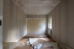 IMG_6152 (mookie427) Tags: urbex urban exploration exploring explorers explorer ue derelict dereliction abandoned abandonment decay decayed empty vacant house manor mansion villa maison uk
