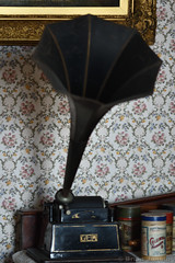 Gem Gramophone (Bri_J) Tags: museumoflincolnshirelife lincoln lincolnshire uk museum historymuseum nikon d7500 gem gramophone