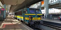 2137 (lcfcian1) Tags: gentsintpieters railway station gentsintpietersrailwaystation gent ghent trains track rails train tracks belgium