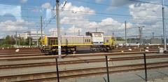 7861 (lcfcian1) Tags: railway rails train trains tracks station belgium 7861