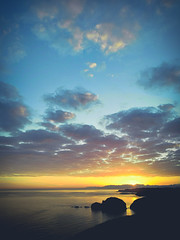 My Fight (Dibus y Deabus) Tags: asturias españa spain cielo sky nubes clouds mar sea amanecer dusk sunrise paisaje landscape