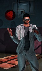 [ 📷 - 45 ] (insociable.sl) Tags: cop can tattoo glasses shades sl secondlife edit beard man male panda soda player 3pts court ground light grey sweat sweatshirt hoodie sportwear sport jogging basket basketball balloon ball