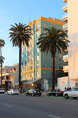 The Georgian Hotel - Santa Monica, California (russ david) Tags: the georgian hotel art deco santa monica california ca architecture travel april 2019 palm trees ave ocean