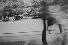 Πλατεία Συντάγματος, Αθήνα, Ιούλιος 2019 (2) / Syntagma Square, Athens, July 2019 (2) (kostavita) Tags: syntagmasquare πλατείασυντάγματοσ αθήνα athens greece ελλάδα surreal surrealism surrealistic σουρεαλιστική σουρεαλισμόσ φωτογραφίαδρόμου streetphotography streetphoto
