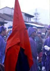 Semana Santa... Easter Week (vincenzooli) Tags: guatemala antigua f6 nikon provia fujifilm film semanasanta