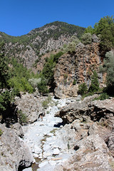 Samaria Gorge / Ждрелото Самария (mitko_denev) Tags: kreta griechenland крит гърция κρήτη crete greece hellas ελλάσ ελλάδα island samaria gorge samariagorge unesco tenativelist nationalpark φαράγγισαμαριάσ worldsbiospherereserve biospherereserve самария ждрело националенпарк юнеско резерват планина mountain whitemountain lefkáóri σαμαριά nature природа