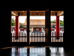 Confucius Temple (Frederik Morbe) Tags: temple travel sightseeing religion chinese china asia asian architecture taiwan taipei kaohsiung destination culture scenic window doorway doors gate traditional historic ancient wisdom confucius monastery praying 臺灣 高雄