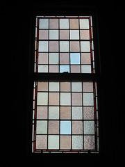 "The Stained Glass Stairwell Window of ""The Gables"" Queen Anne Villa - Finch Street, East Malvern (raaen99) Tags: thegables housename queenannehouse federationhouse queenannefederationhouse gascoigneestate stainedglass stainedglasswindow stainedglasswindows artnouveaustainedglass artnouveaustainedglasswindow baywindow finchstreet finchst queenannestyle queenanne federation window edwardian edwardiana melbourne victoria australia domesticarchitecture house home architecture melbournearchitecture housing 20thcentury twentiethcentury artnouveau nouveau 1900s 1902 malvern eastmalvern artsandcrafts artsandcraftsmovement artscraftsmovement artscrafts architecturallydesigned beverleyussher henrykemp ussherandkemp ussherkemp lawrencealfredbirchnell lawrencebirchnell detail interior room stairwell staircase red blue square mullioned"