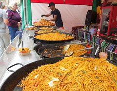 Noodles at Bolton Food Festival 2019 (Tony Worrall) Tags: nw northwest north update place location uk england visit area attraction open stream tour country item greatbritain britain english british gb capture buy stock sell sale outside outdoors caught photo shoot shot picture captured ilobsterit instragram stalls market foodies eat stuff event annual bolton boltonfoodfestival foodfest chinese asian streetfood noodles pans bigpans