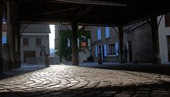 Halles de Mens (Isère) (Evim@ge) Tags: halles marché village sunset soleilcouchant pavé bâtiments place trièves fontain fountain cityscape