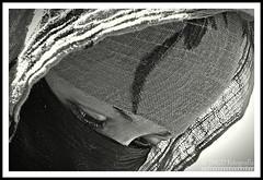 Tattoo artist (jose_miguel) Tags: jose miguel españa spain espagne panasoniclumixfz50 panasonic lumix marruecos maroc morocco portrait retrato marrakesh marrakech marraquech blancoynegro blanco negro black white blanc noir mujer muslim musulman musulmán bw byn nb femme woman hijab pañuelo foulard jemaa elfnaa fna rigotag