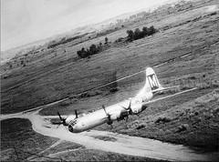 B-29 over Japan (CombatOfficiel) Tags: b29 pacificwar usaf secondeguerremondiale 2gm 2èmeguerremondiale worldwar2 worldwarii ww2 wwii