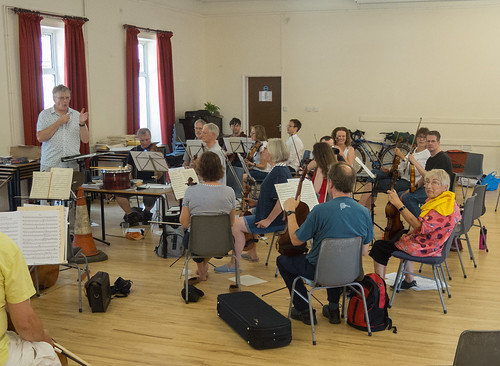 DSCN4608c Players from Ealing Symphony Orchestra rehearsing for an informal concert as part of the Brill Festival. 24th August 2019.