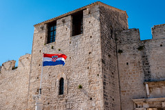 Trogir Impressions (Kulawy Strzelec) Tags: summer europa europe july croatia trogir chorwacja lato lipiec michałkawecki castle fort flag fortification 2019