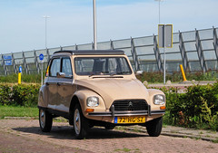 1982 Citroën Dyane 6 (rvandermaar) Tags: 1982 citroën dyane 6 citroëndyane citroen sidecode6 72hgsz