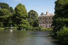 Kew-Gardens-E-W-146-0033 (laurencemackman) Tags: kewgardens kew richmond london garden historicroyalpalaces nikond610 lake イギリス、ロンドン,公園、ニコン、d60 nikon キュー ガーデンス キューガーデンス 庭 ニコン d60 d610