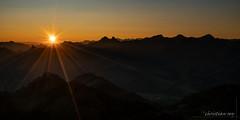 Lever de soleil sur les préalpes fribourgoises (Switzerland) (christian.rey) Tags: moléson préalpes fribourgoises montagnes moutains leverdesoleil soleil sunrise landscape paysage sony alpha a7r2 a7rii 1635 gruyères vanils saariysqualitypictures
