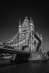 Tower Bridge (John Fenner) Tags: olympus em1 markii mirrorless micro43rds mzuiko 12mm f20 prime tower bridge london thames river capital black white mono