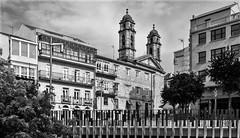 Concatedral de Santa María-_DSC1152 (peruchojr) Tags: bn concatedral prazadapedra cascovello zonamonumental vigo galicia españa
