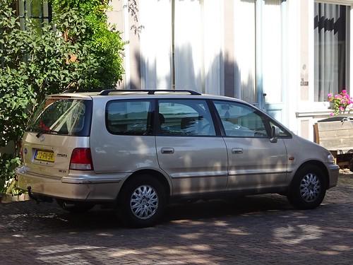 2000 Honda Shuttle