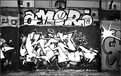 tagsMaurice Sève   25 08 2019 (4) (Bokey Shutter) Tags: fujicager ilfordpanf noirblanc lyon croixrousse