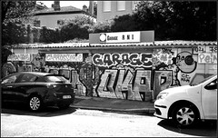 tagsMaurice Sève   25 08 2019 (21) (Bokey Shutter) Tags: fujicager ilfordpanf noirblanc lyon croixrousse
