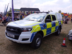 6484 - Lincs Police - FX18 CUJ - 101_1897 (Call the Cops 999) Tags: uk gb united kingdom great britain england 999 112 emergency service services vehicle vehicles 101 police policing constabulary law and order enforcement
