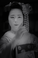 Maiko_20190526_121_8 (Maiko & Geiko) Tags: 20190526 eishoin temple kanohisa kyoto maiko 舞妓 栄摂院 叶久 京都 叶家 kanoya ksumika