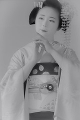 Maiko_20190526_121_29 (Maiko & Geiko) Tags: 20190526 eishoin temple kanohisa kyoto maiko 舞妓 栄摂院 叶久 京都 叶家 kanoya ksumika