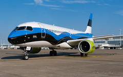 BTI_CS300_YLCSJ_BRU_AUG2019 (Yannick VP) Tags: civil commercial passenger pax transport aircraft airplane aeroplane jet jetliner airliner bt bti airbaltic bombardier cs300 cs3 airbus a220 a220300 ylcsj airside platform taxi taxiway brussels airport bru ebbr belgium be europe eu august 2019 aviation photography planespotting airplanespotting