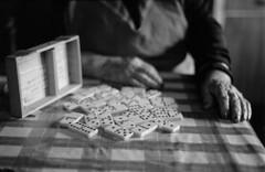 1 (mati.a) Tags: manos hans abuela chile 35mm film analog bw mesa table domino dominó nikon fm2 nikonfm2 ilford hp5 ilfordhp5