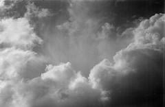 16 (mati.a) Tags: clouds nubes cielo sky heaven luz chile 35mm film analog light nikon fm2 nikonfm2 hp5 ilford ilfordhp5 bw