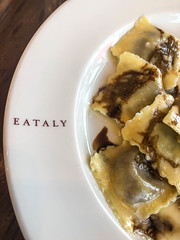 Ravioli at Eataly Los Angeles - Century City, CA (ChrisGoldNY) Tags: chrisgoldphoto chrisgoldny chrisgoldberg bookcovers albumcovers licensing food foodporn eataly italian pasta ravioli dishes meals lunch plates restaurants markets centurycity