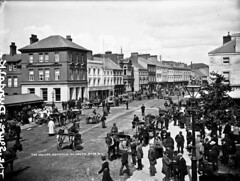 The Square in Dundalk (National Library of Ireland on The Commons) Tags: robertfrench williamlawrence lawrencecollection lawrencephotographicstudio thelawrencephotographcollection glassnegative nationallibraryofireland thesquare dundalk colouth market fair