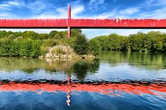Reflets // Reflection (erichudson78) Tags: crazytuesday water eau reflets reflection passerelle footbridge axemajeur france iledefrance valdoise cergy canoneos6d oise rouge red river rivière bridge pont