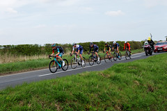 PULLING AWAY (skysthelimit333) Tags: tourdeyorkshire cycles cyclesraces bikes hornsea