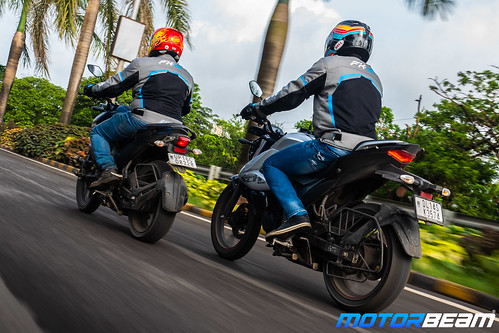 Suzuki-Gixxer-VS-Yamaha-FZ-V3-5