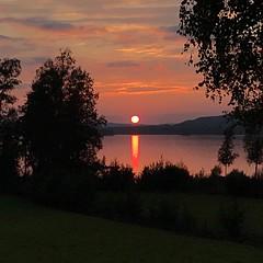 Red Sunset (halleluja2014) Tags: sweden dalarna varpan lake august summer solnedgång sunset fireball rödsol redsun falun uggelviken