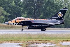 135 / French Air Force / Dassault Rafale C (Charles Cunliffe) Tags: canon7dmkii aviation montdemarsanairbase lfbm frenchairforce faf arméedelair dassaultrafale dassaultrafalec 135