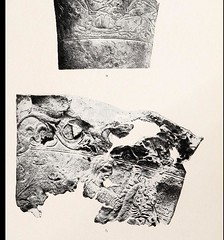 This image is taken from Page 229 of Reallexikon der Vorgeschichte : unter Mitwirkung zahlreicher Fachgelehrter, Bd. 6 (Medical Heritage Library, Inc.) Tags: archaeology civilization ancient weapons pottery burial wellcomelibrary ukmhl medicalheritagelibrary europeanlibraries date1924 idb299311250006