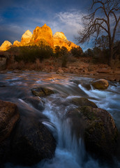 Zion Glow (AirHaake) Tags: zion zionnationalpark landscape light mountain water river utah sky clouds
