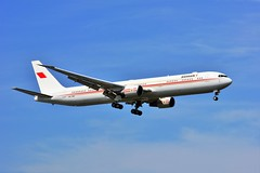 (ORY)  Bahrain Royal Flight  Boeing 767   A9C-HMH Landing runway 06 (dadie92) Tags: ory orly lfpo bahrain bahrainroyalflight boeing b767 a9chmh landing airplane aircraft spotting nikon sigma d7100 tamron danieldanel