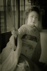 Maiko_20190630_121_22 (Maiko & Geiko) Tags: 20190630 kouunji temple kanohisa kyoto maiko 舞妓 光雲寺 叶久 京都 叶家 kanoya ksumika
