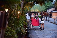 Kyoto - Gion (Mark_66it) Tags: japan kyoto streetphoto streetphotography gion nikon d810