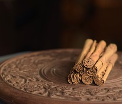Cinnamon Sticks (Vidya...) Tags: cinnamon sticks stilllife food macro nikond5300 nikon lowkey ceylon srilanka nature bark fragrant sweet